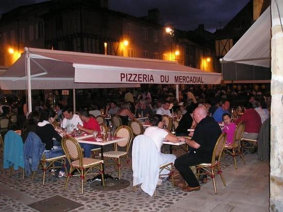 Restaurant Pizzeria du Mercadial  - Terrasse -   © A.VASSAL