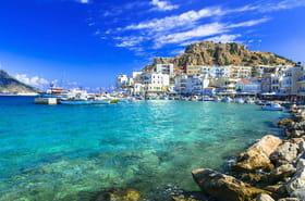 Vacances en Grèce 2021: touristes vaccinés, test PCR, lieux ouverts, les conditions d'entrée pour cet été