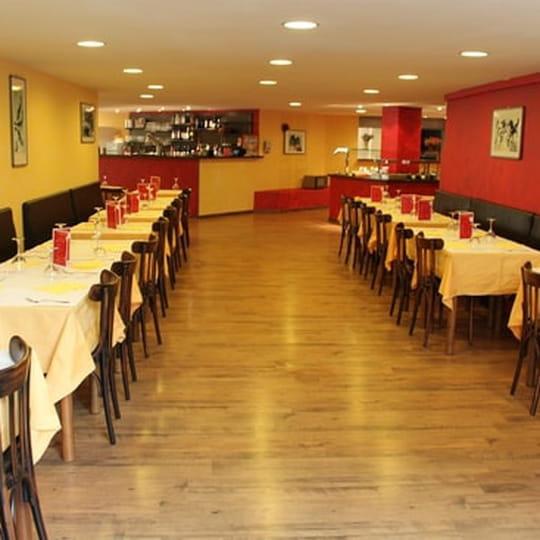 restaurant yangts restaurant chinois perpignan avec linternaute. Black Bedroom Furniture Sets. Home Design Ideas