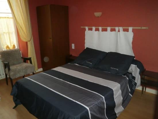 L'Ecluse  - une chambre d'hôtel -   © camus