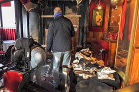 """Paris: La Rotonde incendiée, a-t-on visé le """"restaurant de Macron""""?"""