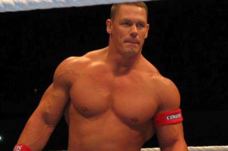 John Cena: qui est ce sportif star du Web?