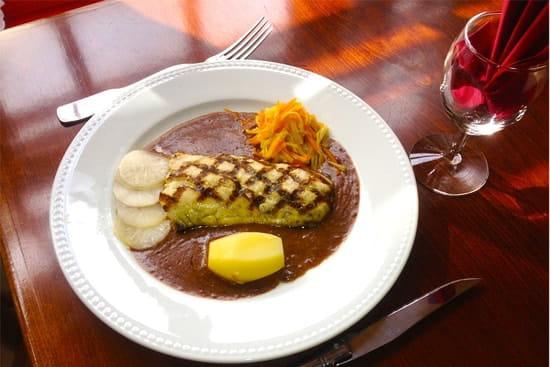 Le Bistrot  - Pavé de Sandre - Sauce moût de raisin -   © Le Bistrot