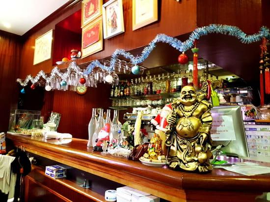 Brunch : Royal Dragon  - bar -   © 1