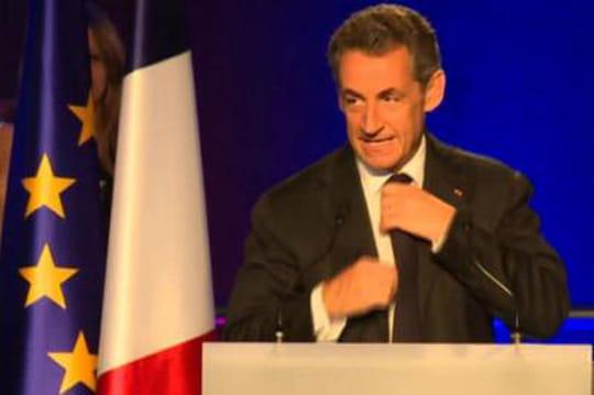 """Nicolas Sarkozy: une""""faveur sexuelle"""" fictive qui nepasse pas"""