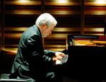 Jonathan Nott dirige Schumann et Brahms