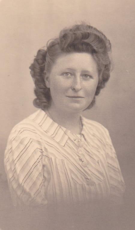Simone Perron