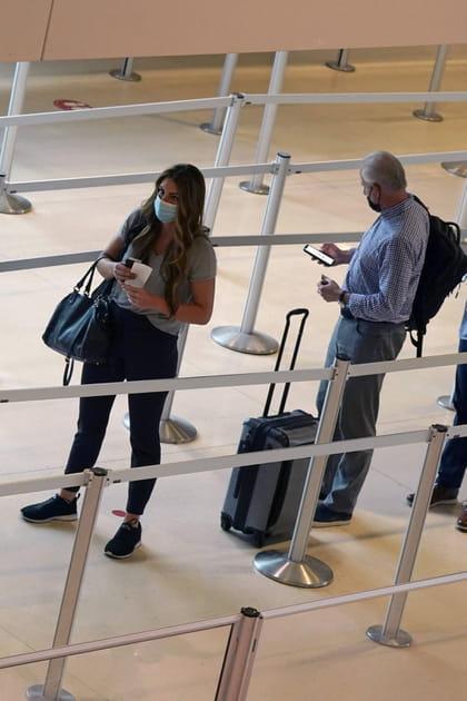 Contrôles, test, QR code, masque à bord... Comment vont se dérouler les voyages en avion cet été?