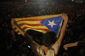 Catalogne: nuits de violence, grève générale, que se passe-t-il à Barcelone?