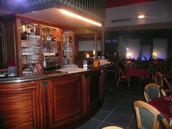 Dock Café  - Le Bar -   © moi meme