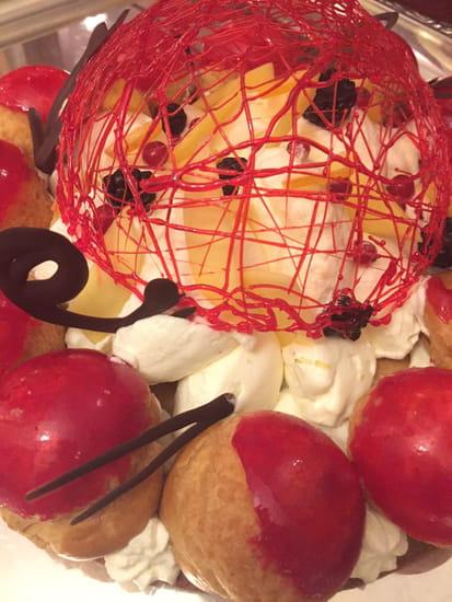 Dessert : La Pommeraie  - Détail création Anniversaire -   © non