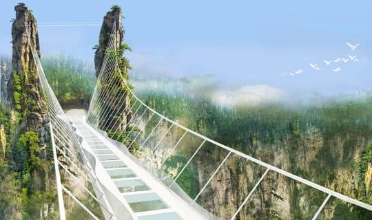 Chine : un pont en verre à 300 mètres de hauteur !