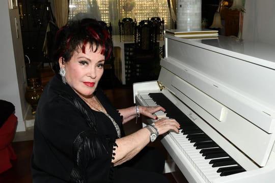 Rika Zaraï: sa carrière, ses tubes... Biographie d'une chanteuse culte