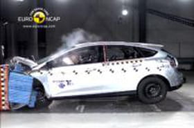 Crash-tests 2012 : les berlines compactes lesplussûres