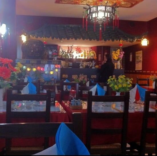 Restaurant : Le Saigon  - La salle -