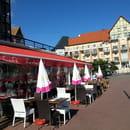 La Voile Rouge  - Le restaurant -   © JPS