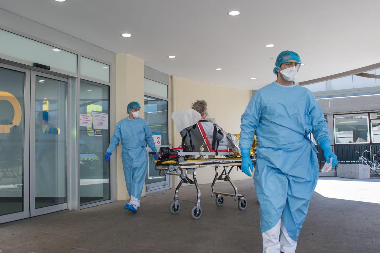 DIRECT. Coronavirus en France: de nouvelles annonces? La vague arrive