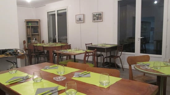 Origin'Elles  - la salle du restaurant -