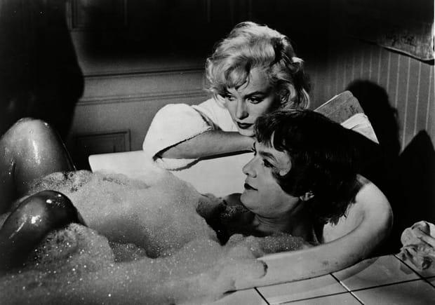"""Marilyn Monroe et Tony Curtis dans """"Certains l'aiment chaud"""""""