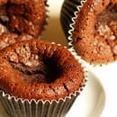 , Dessert : Au fil de saisons  - Moelleux au chocolat sans gluten -   © Zdebski