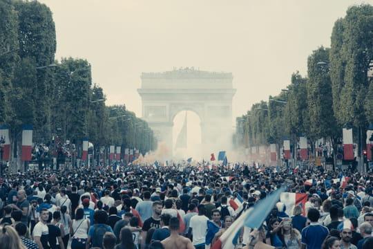 """Les Misérables: """"le cri d'alarme"""" de Ladj Ly sur la banlieue"""