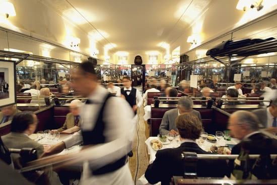 Chez Savy  - Dîner : La réservation est fortement recommandée. -