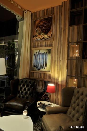 Victoria Hall  - Cigar Club -
