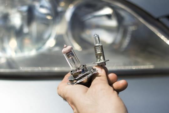 Ampoule H7: laquelle choisir? à quoi ça sert? quand la changer?