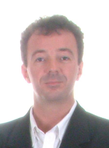 Bernard Fines