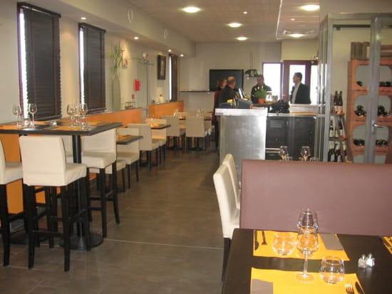 Les Platières  - salle de restaurant -