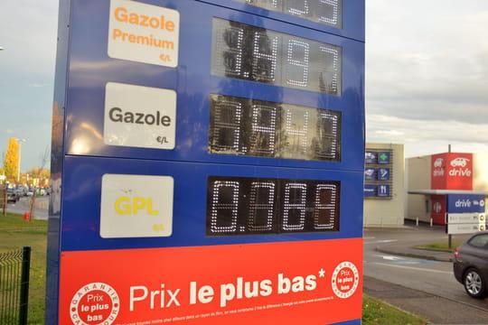 Prix de l'essence: baisse des prix, quelles offres à prix coûtant?