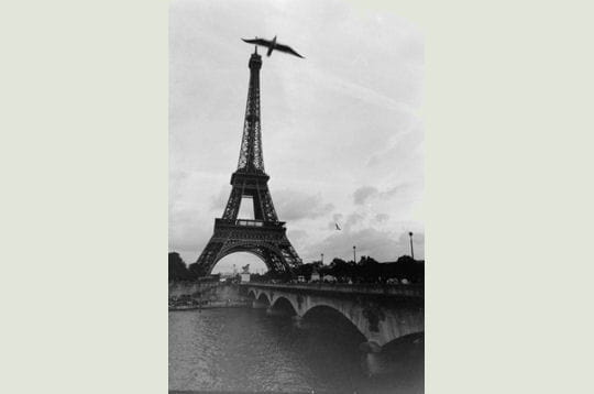 Envol vers la tour Eiffel