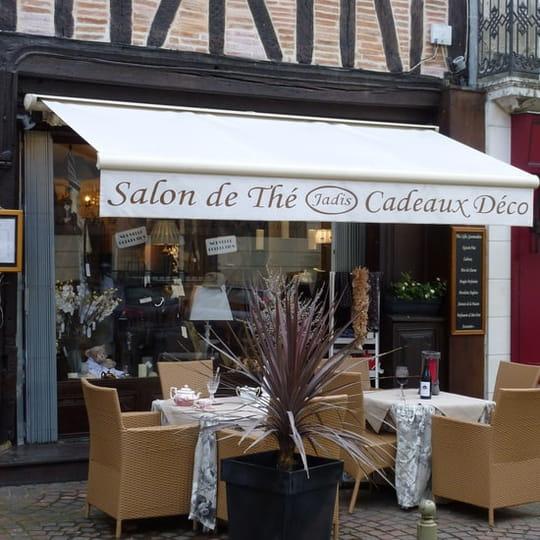 Jadis Salon De The Et Boutique Mode Et Deco Salon De The A Chinon Avec Linternaute