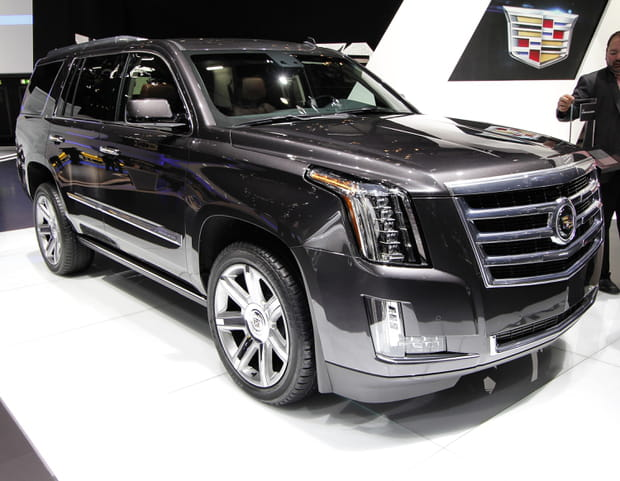 cadillac escalade. Black Bedroom Furniture Sets. Home Design Ideas