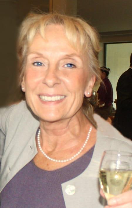 Nicole Colard