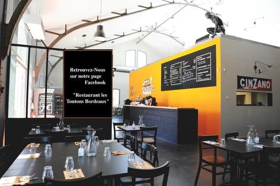 Les Tontons Restaurant  - Intérieur des Tontons -   © Emilie Rouaud