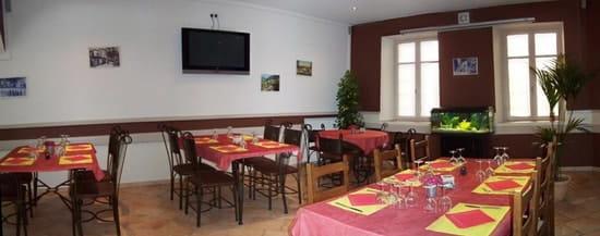 Le Café de l'Union  - le restaurant -   © linguehelt nathalie
