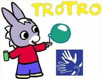 Trotro en LSF : Trotro fait sa toilette