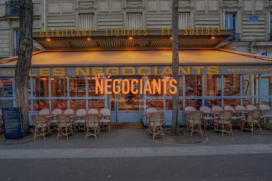 Les Négociants