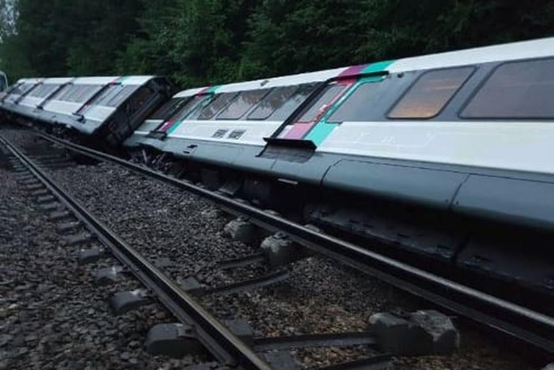 Intempéries en Île-de-France : un RER B déraille, sept blessés