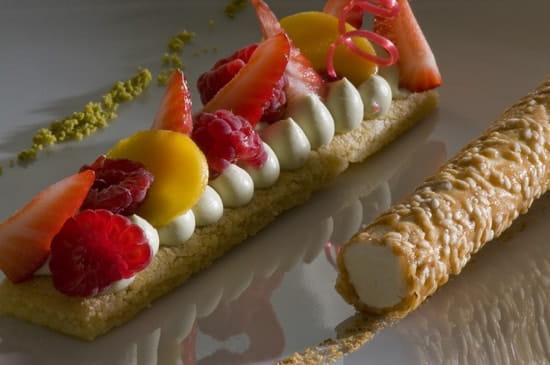 Le Bougainvillier  - dessert -   © elisabeth rossolin