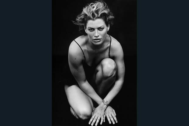 Calendrier Pirelli 1996 : des portraits de mannequins en noir et blanc