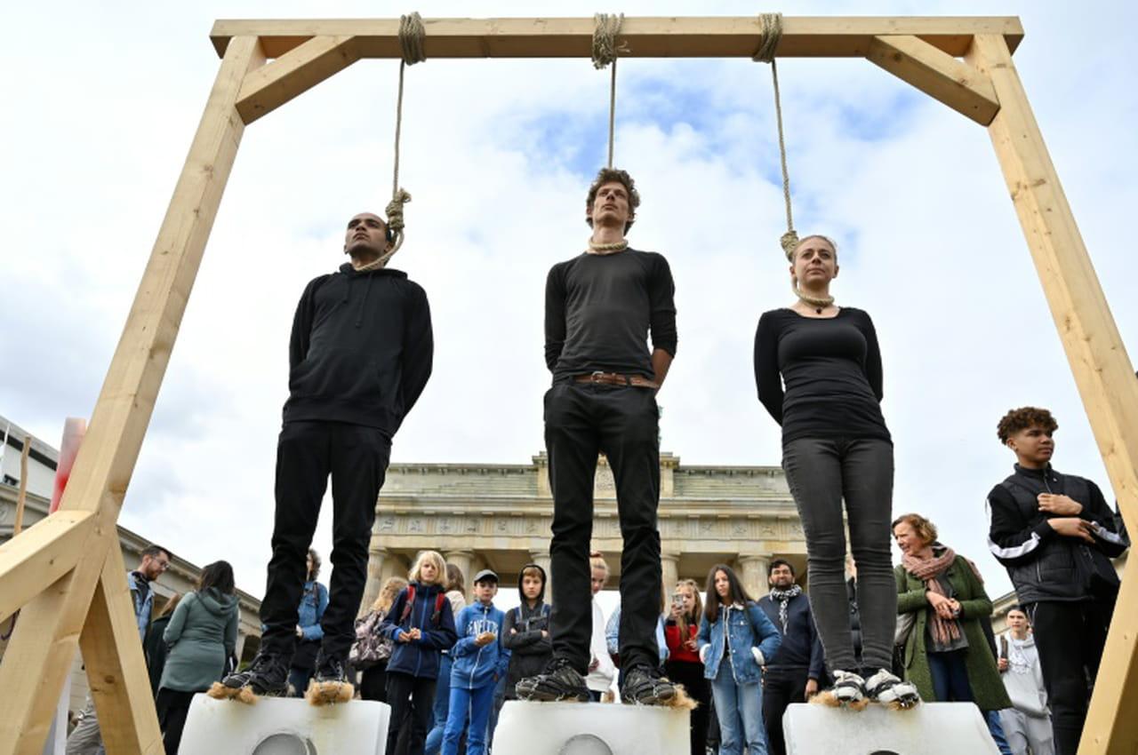 Sous la pression de la rue, Berlin promet 100milliards pour le climat