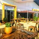 Restaurant : Healthy Café  - Terrasse extérieure -   © Healthy café