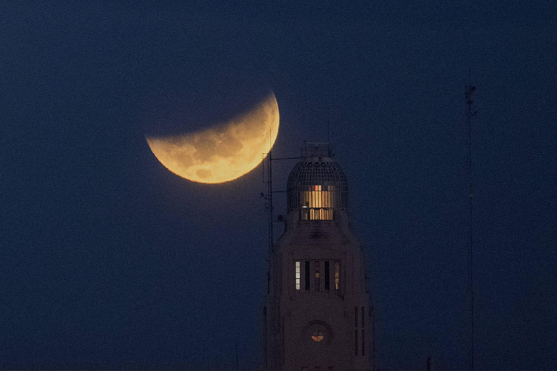 Eclipse de Lune2021: photos, les dates des prochaines éclipses