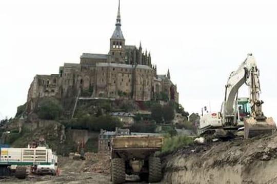 Mont Saint-Michel: lafuture passerelle sedévoile [VIDÉO]