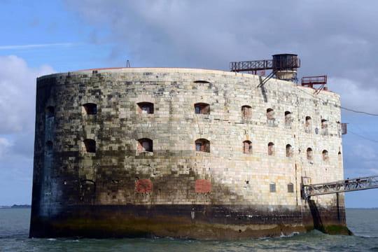Le CSA met en garde France 2à cause d'une épreuve Fort Boyard