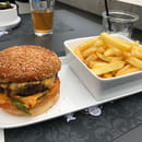 Plat : La Maison Martin  - Burger -   © Martin Fleury