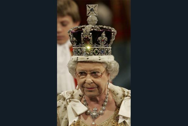 Avec la couronne royale
