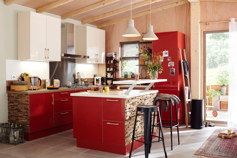 une cuisine ouverte qui mixe les mat riaux. Black Bedroom Furniture Sets. Home Design Ideas